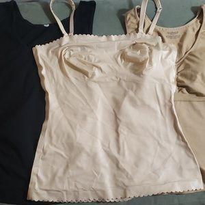 3 XL slimming tank tops